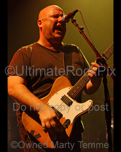 Photo of musician Black Francis of The Pixies in concert by Marty Temme