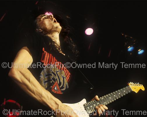 Photos of guitarist Mike McCready of Pearl Jam in 1991 by Marty Temme
