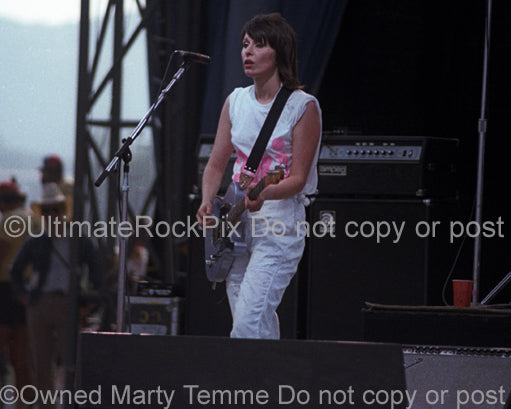 Photo of singer Chrissie Hynde of The Pretenders in concert in 1983 by Marty Temme