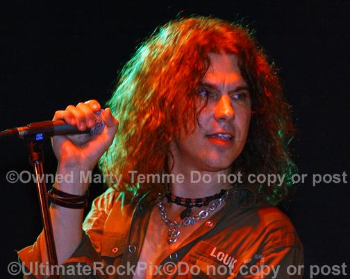 Photos of vocalist Keith St. John in concert in 2010 by Marty Temme