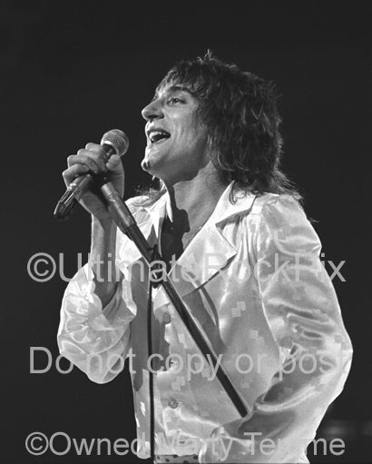 Photo of singer Rod Stewart of Faces performing in concert in 1974 by Marty Temme