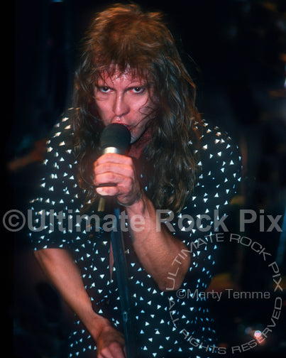 Photo of Richard Black of Shark Island in concert in 1988 by Marty Temme