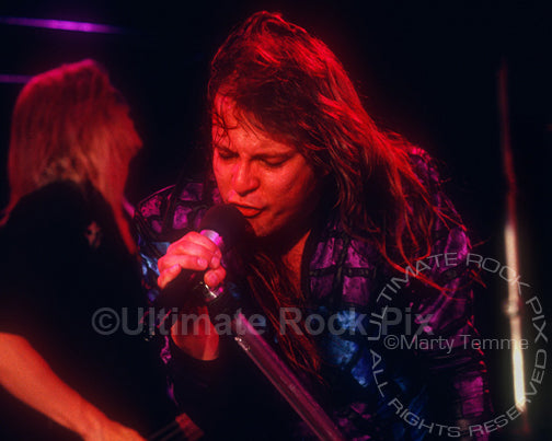 Photo of Richard Black in concert in Hollywood, California in 1989 by Marty Temme