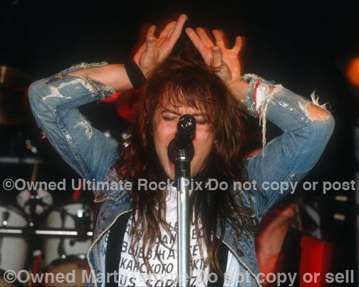 Photos of singer Richard Black Onstage in Hollywood in 1989 by Marty Temme