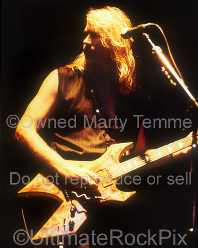 Photo of guitarist Spencer Sercombe of Shark Island onstage in 1989 - sharkss8921