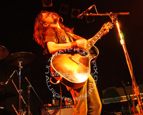 Photo of Shooter Jennings performing in concert by Marty Temme