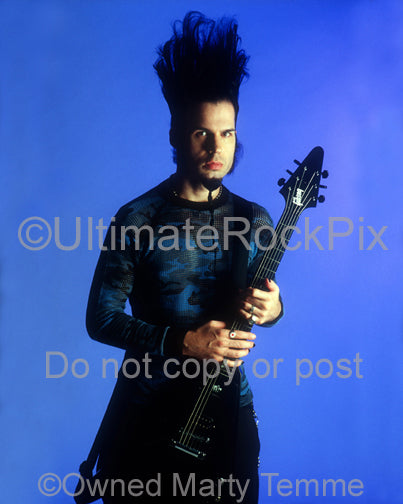 Photo of Wayne Static of Static-X with his Gibson guitar during a photo shoot by Marty Temme