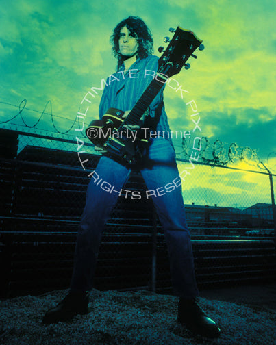 Photo of Dean DeLeo of Stone Temple Pilots during a photo shoot by Marty Temme