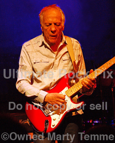 Photo of guitar player Robin Trower in concert in 2009 by Marty Temme