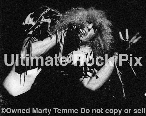 Photo of Dee Snider of Twisted Sister in concert in 1986 by Marty Temme