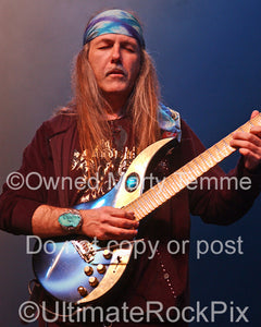 Photo of guitar player Uli Jon Roth in concert in 2008 by Marty Temme
