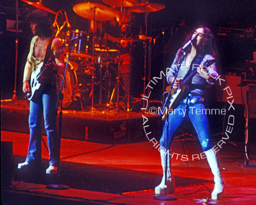Photo of Ken Hensley, Lee Kerslake and John Wetton of Uriah Heep in 1976 by Marty Temme