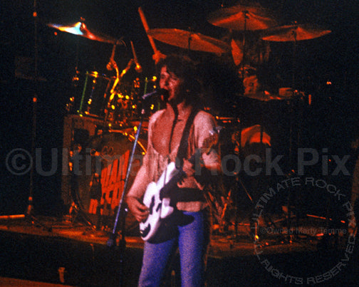 Photo of John Wetton of Uriah Heep in 1976 by Marty Temme