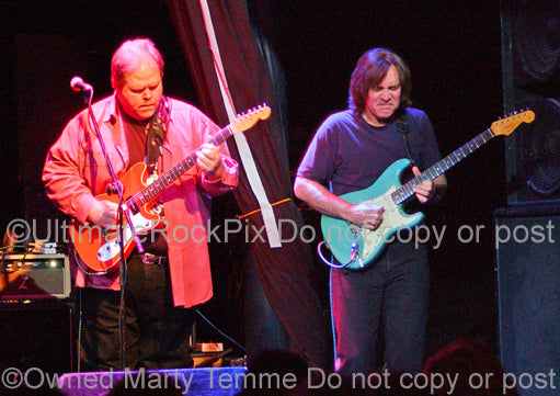 Photo of Buddy Whittington and Carl Verheyen in concert in 2008 by Marty Temme