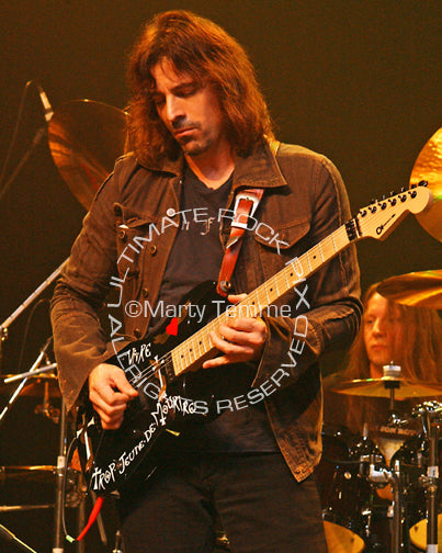 Photo of guitarist Warren DeMartini of Ratt onstage in 2008 by Marty Temme