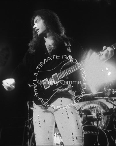 Black and white photo of Vito Bratta of White Lion in concert in 1989 by Marty Temme
