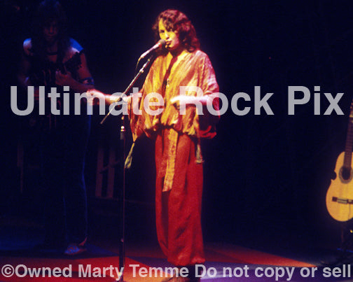 Photo of vocalist Jon Anderson of Yes in concert in 1978 by Marty Temme