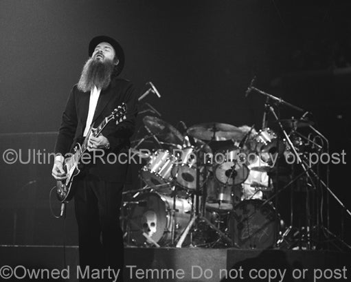 hoto of Billy Gibbons and Frank Beard of ZZ Top in concert in 1979 by Marty Temme