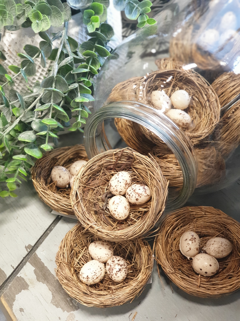 bird-nest-decoration