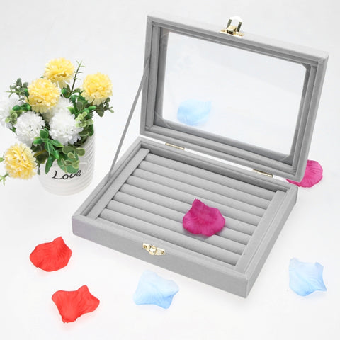 8 Booths Velvet Ring Organizer Case