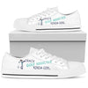 Crazy golf addicted kinda girl Women's Low Top Shoe