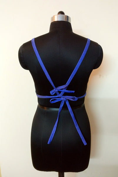 tie the strap at the back (bra type)