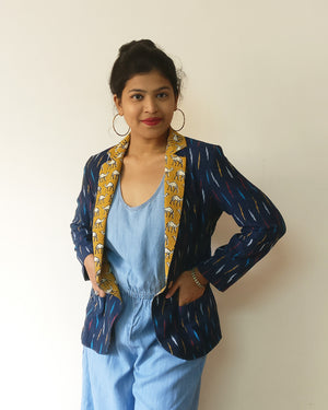 Ikat is always in Indian women's heart. For public demand, Ikat + Kalamkari/print cotton blazer jackets are back. Enjoy chic yet fun stylings with sharp navy Ikat and cute camel print. Shop online!
