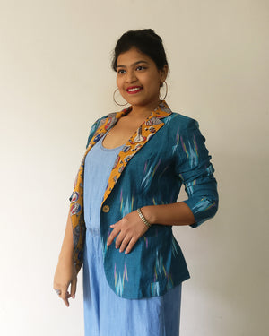 Ikat is always in Indian women's heart. For public demand, Ikat + Kalamkari/print cotton blazer jackets are back. Enjoy chic yet fun stylings with beautiful turquoise Ikat. Shop online!