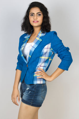 MIRCHI KOMACHI ladies / women's blue Lungi short casual Jacket is an absolutely funky Indo-Western item! Comfortable thin cotton material. The cute colour combination will make you dance! Shop online!