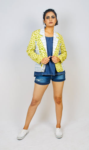 MIRCHI KOMACHI ladies / women's yellow Lungi short casual Jacket is an absolutely funky Indo-Western item! Comfortable thin cotton material. The cute colour combination will make you dance! Shop online!
