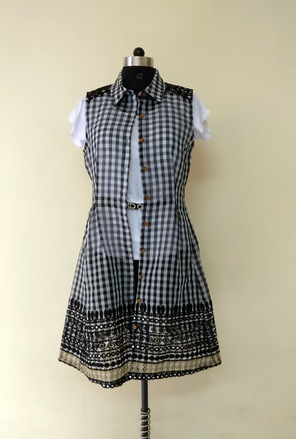 MIRCHI KOMACHI black gingham Chanderi Silk Shirt Dress with Indian traditional handicraft details is worn as an outer, a jacket. Gorgeous silhouette, cute, a signature item. Shop online!