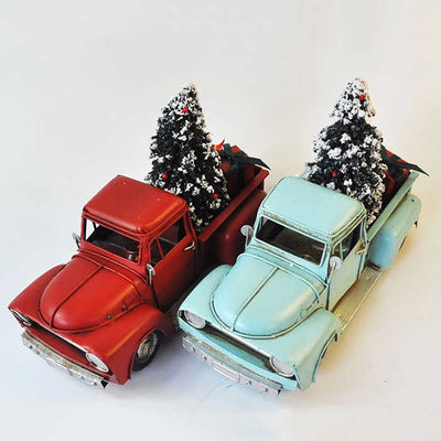 Car with Christmas Tree and Gifts Vintage Model V.2