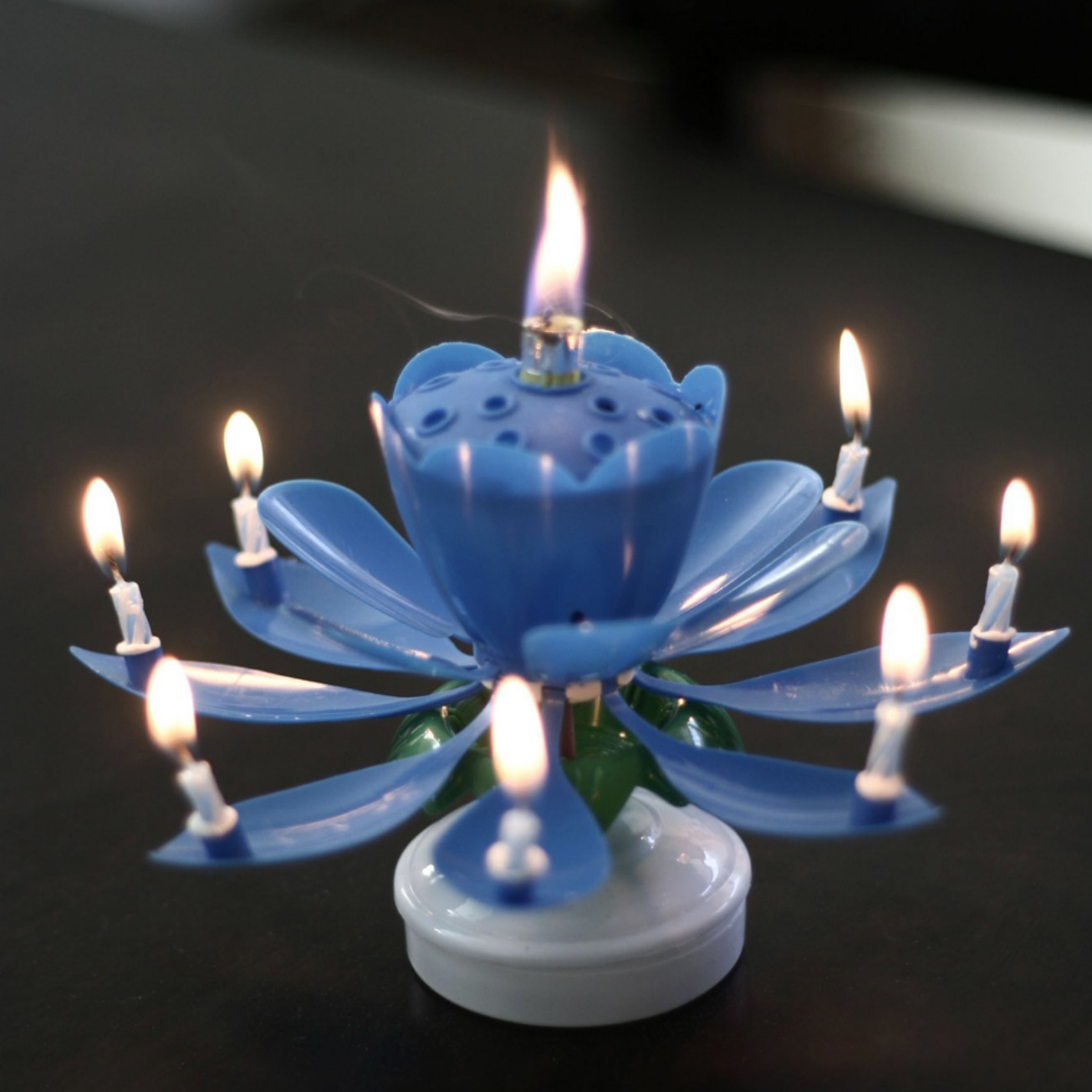 Magical lotus rotating flower candle for birthday cakes and more magical lotus rotating flower candle for birthday cakes and more buy1more izmirmasajfo
