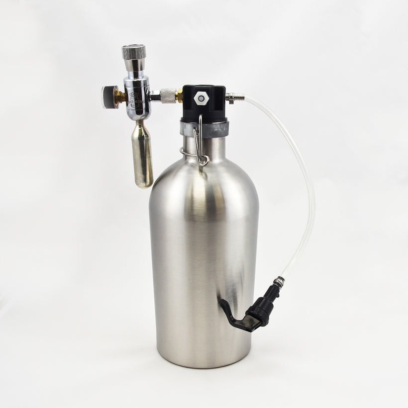 Growler dispense fitting