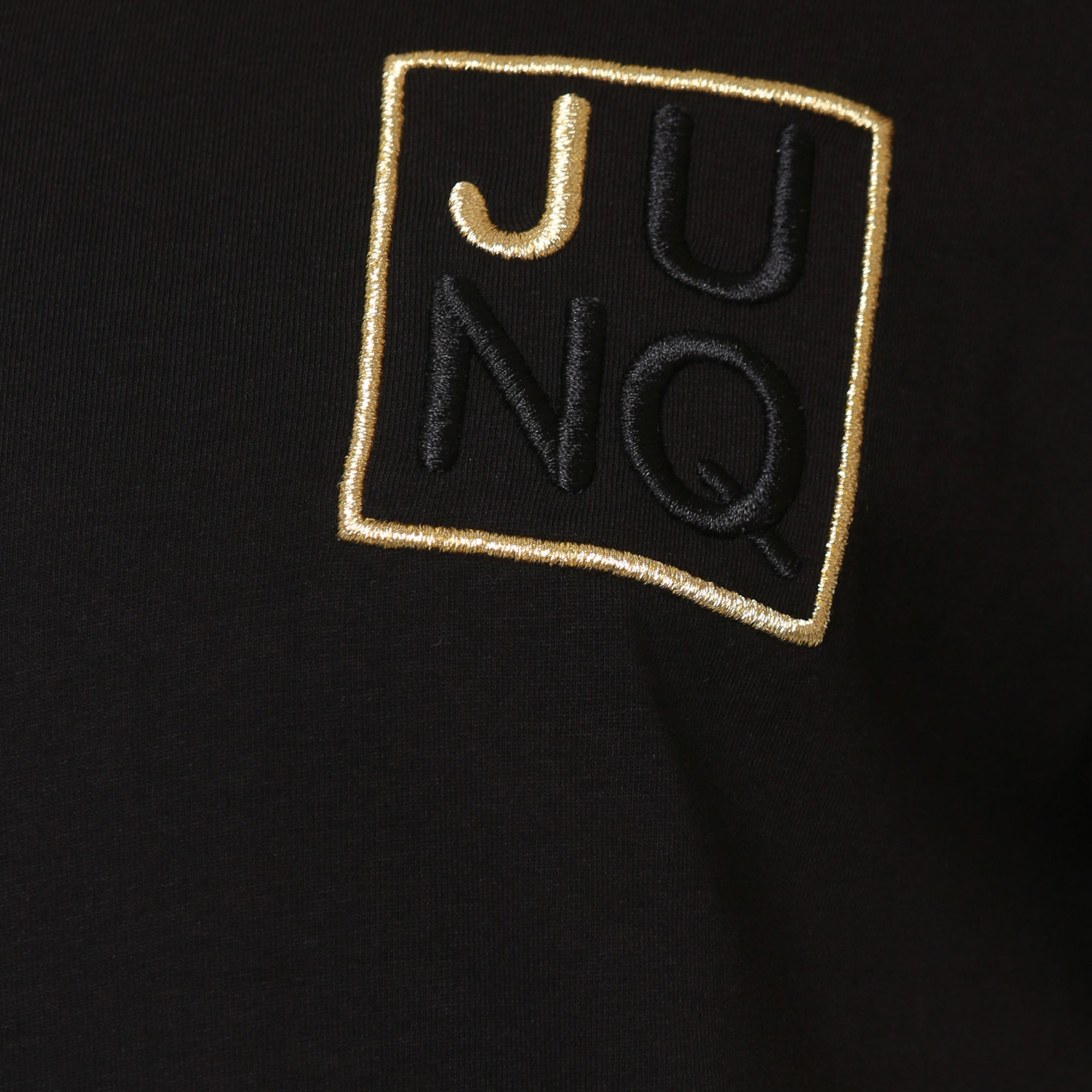 Style: Anhur 99 Luxury Crew Neck T-Shirt - Black - Junq Couture