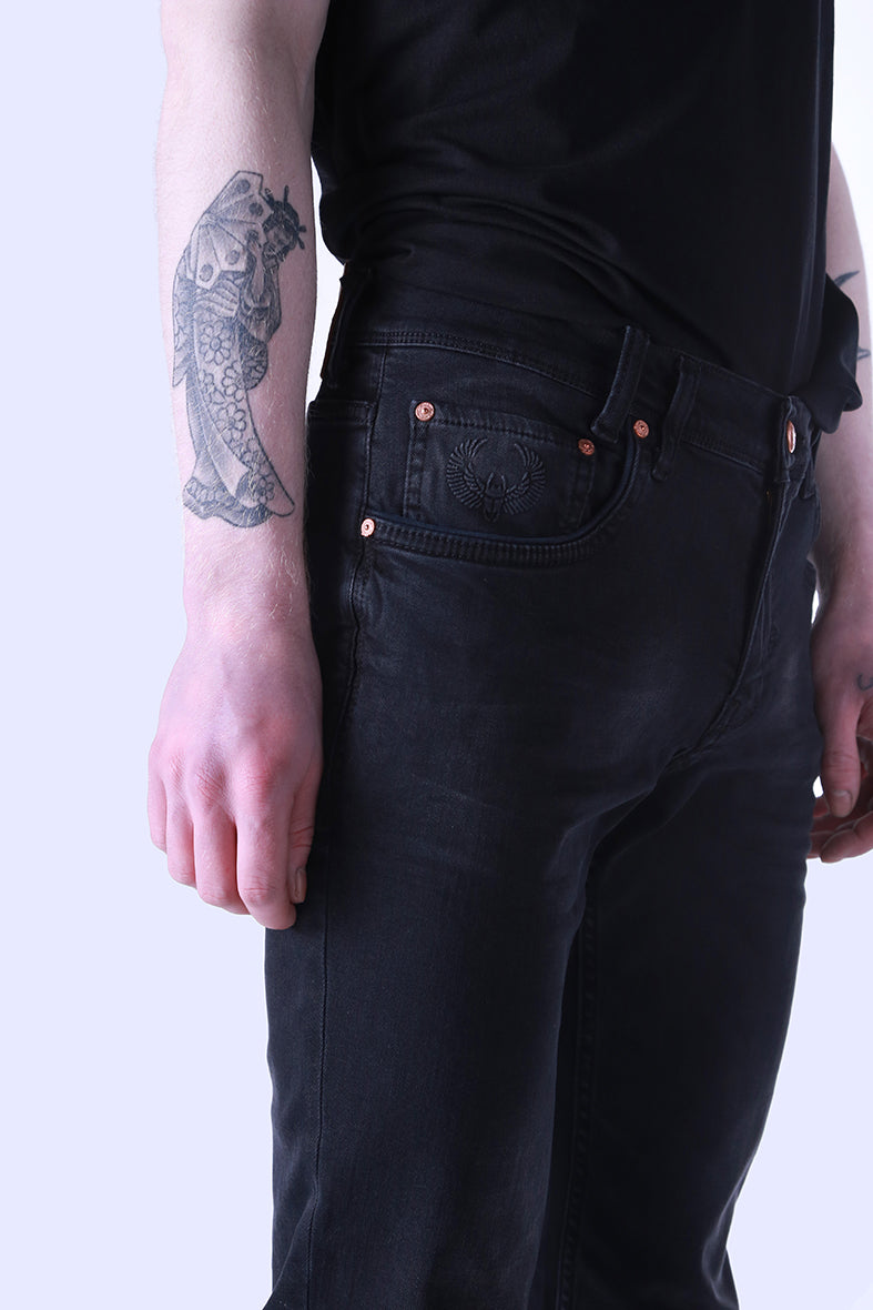 Style: Nebra 100 Black Slim Fit Jeans - Junq Couture