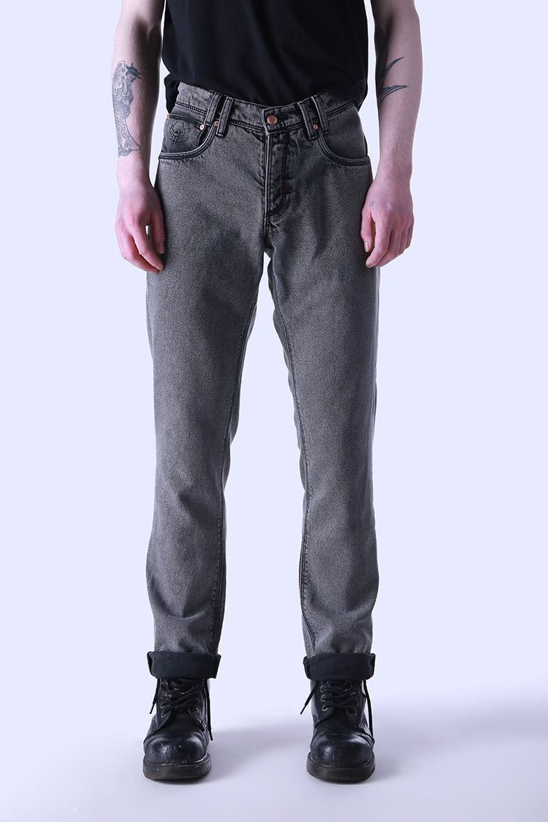 Style: Upney Snow 105 Grey Slim Fit Jeans - Junq Couture