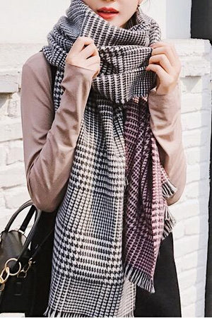 Gradient Houndstooth Scarf
