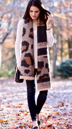Thick Cozy Leopard Scarf
