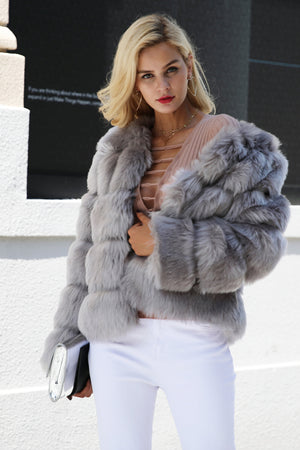 Fluffy Faux Fur Coat Women Short Furry Winter Outerwear Casual