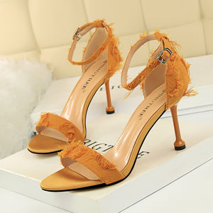 High Heels Shoes Fashion Buckle Open Toe Fringe Pumps  Sandals