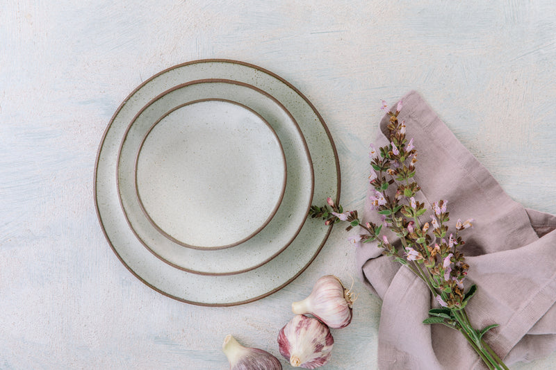 Oona White Plate - Set of 2