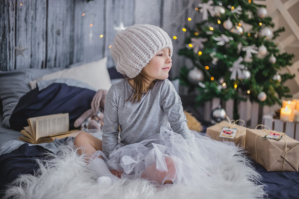 Incredible Ways To Start Christmas Family Traditions With Your Little Ones...
