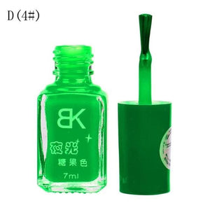 Glow In The Dark Nail Polish D4