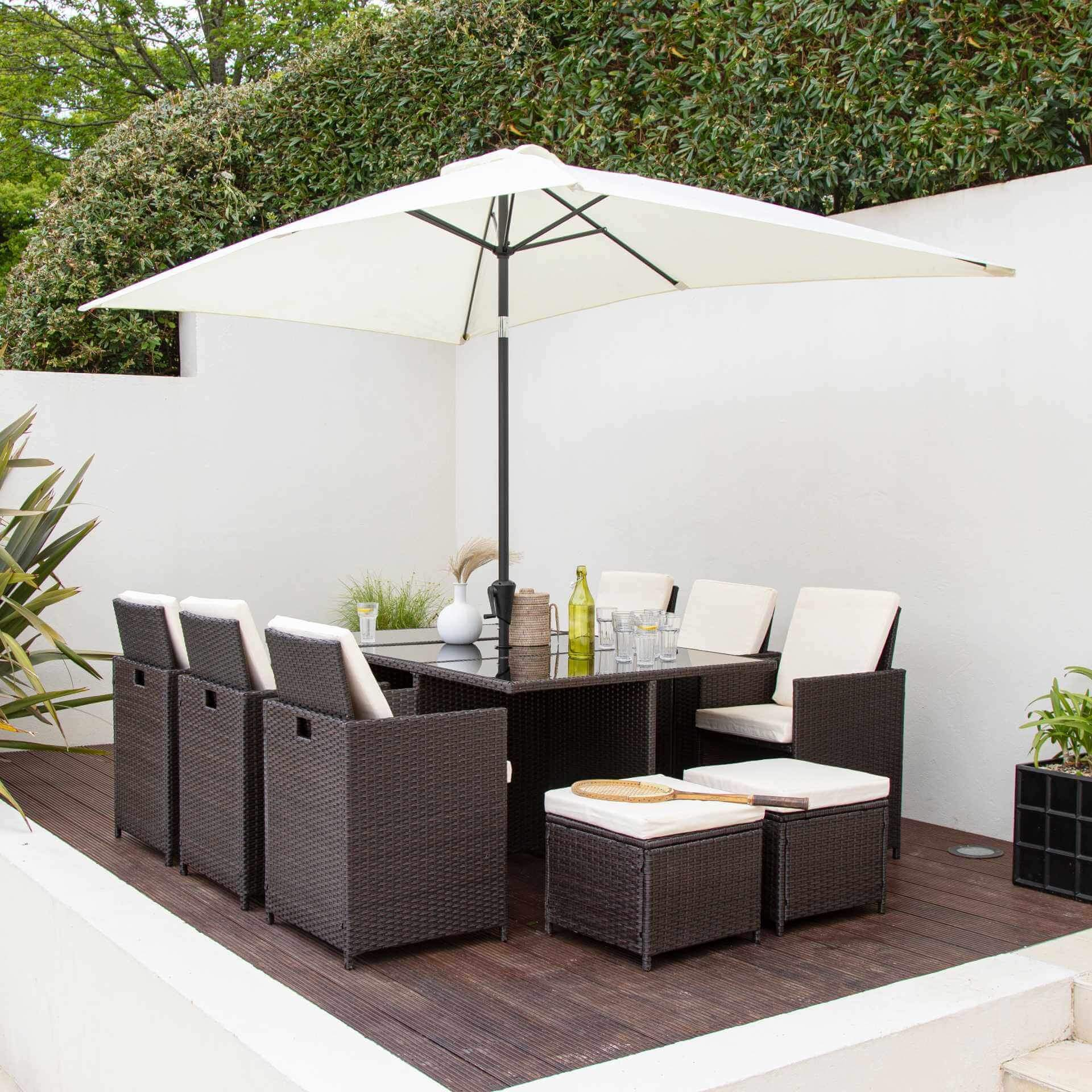 10 Seat Rattan Cube Outdoor Dining Set with Premium Parasol and Parasol Rain Cover - Mixed Brown Weave - Laura James