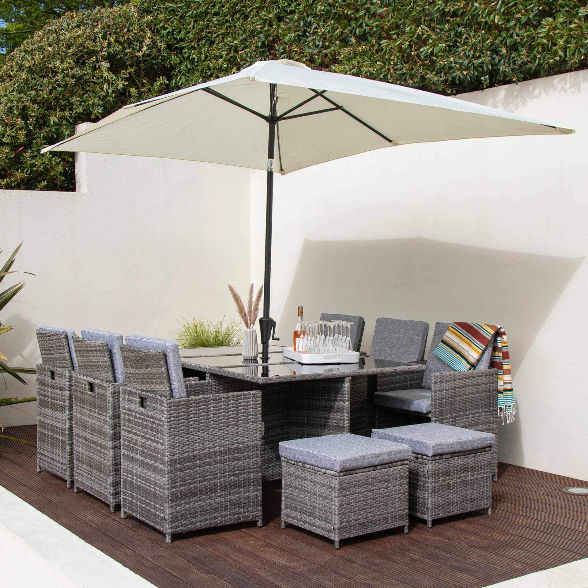 10 Seat Rattan Cube Outdoor Dining Set with Premium Parasol and Parasol Rain Cover - Grey Weave - Laura James