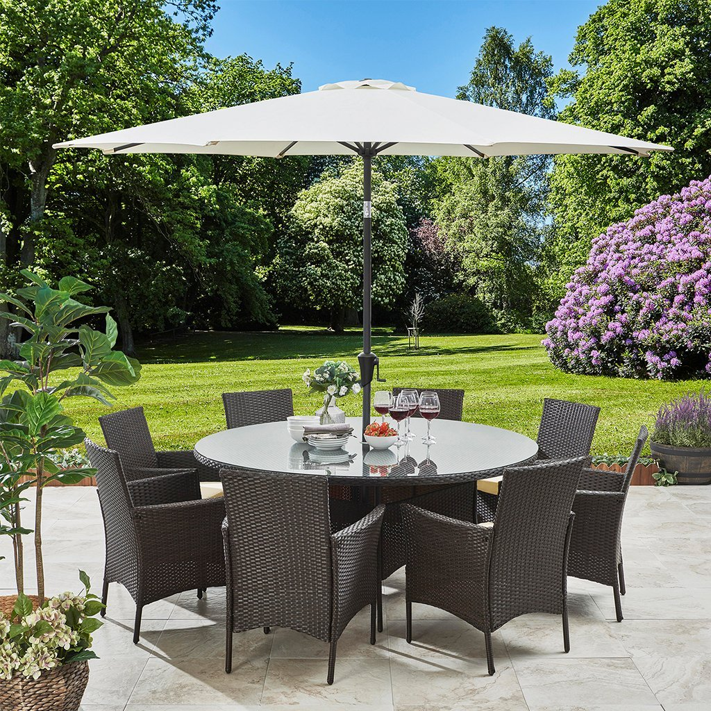 8 Seater Rattan Round Dining Set with Parasol - Rattan Garden Furniture - Brown - Laura James