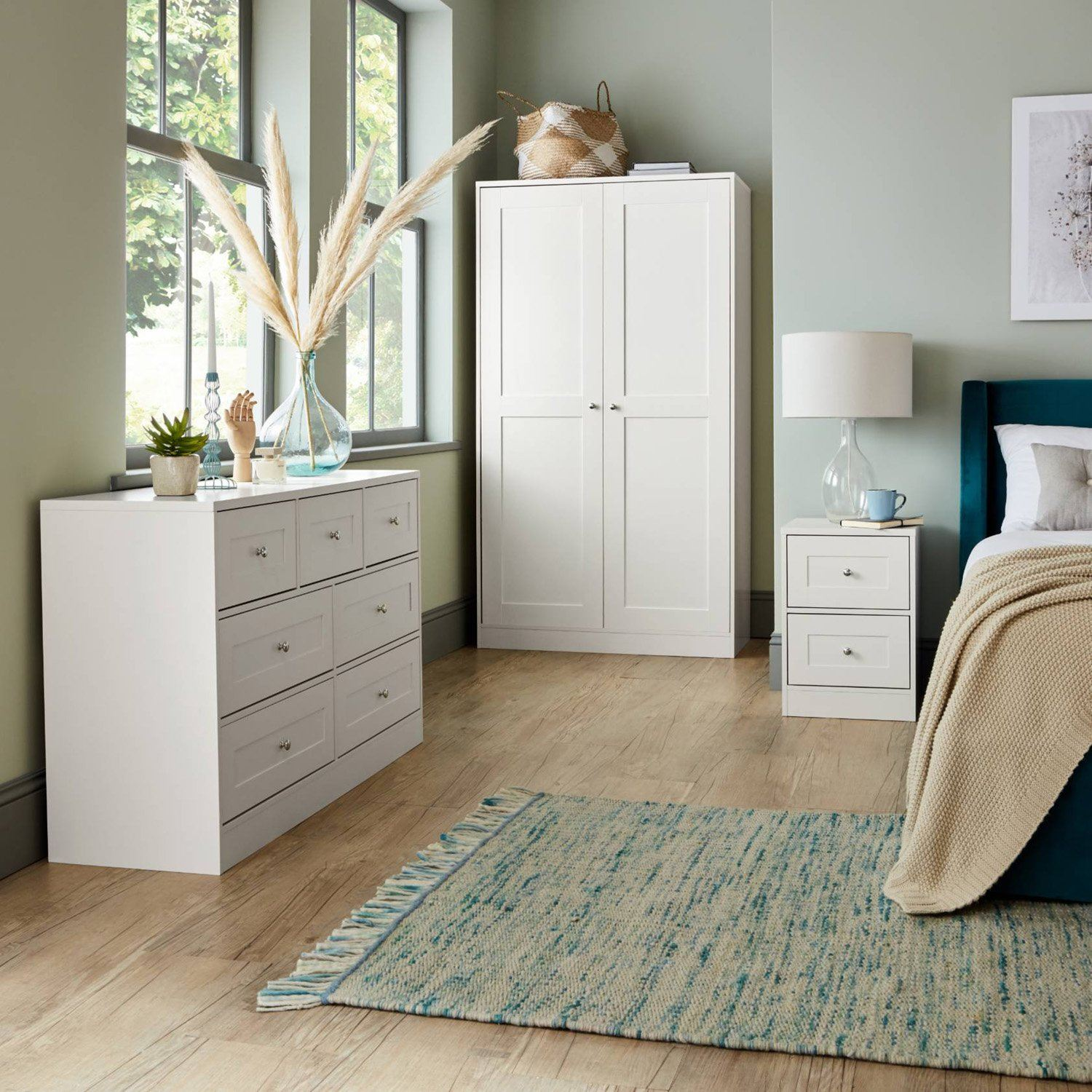 Stevie Shaker Style Bedroom Furniture Set in White - Laura James