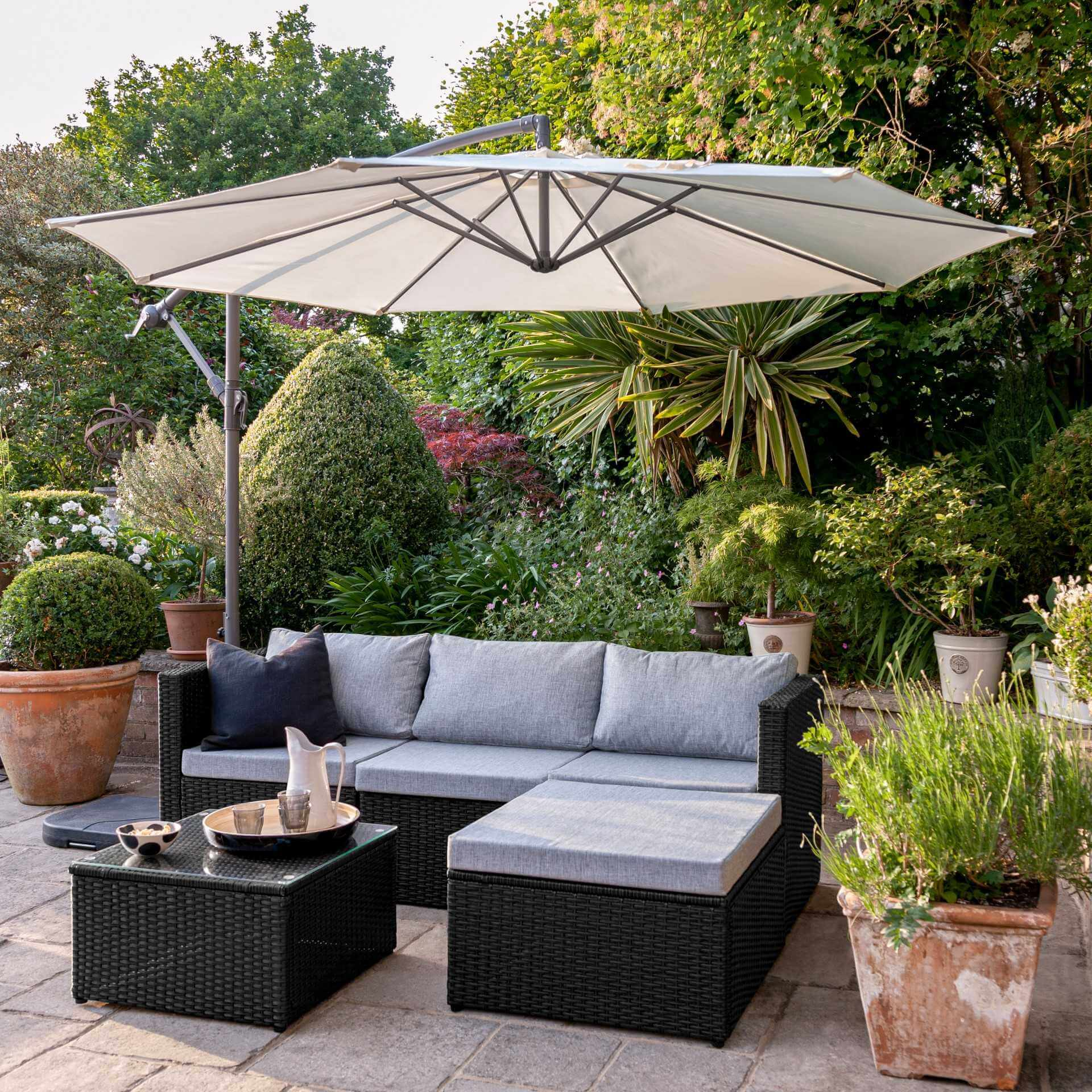 4 Seater Rattan Corner Sofa Set with Lean Over Parasol and Base - Black Weave - Laura James