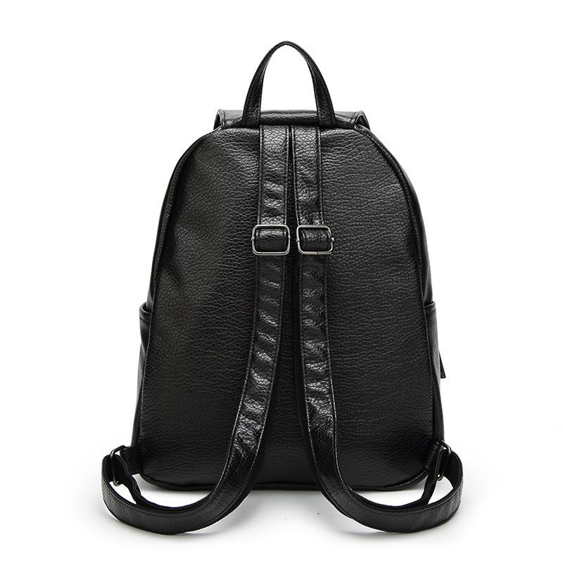LEATHER BAGPACK - MyEmilia